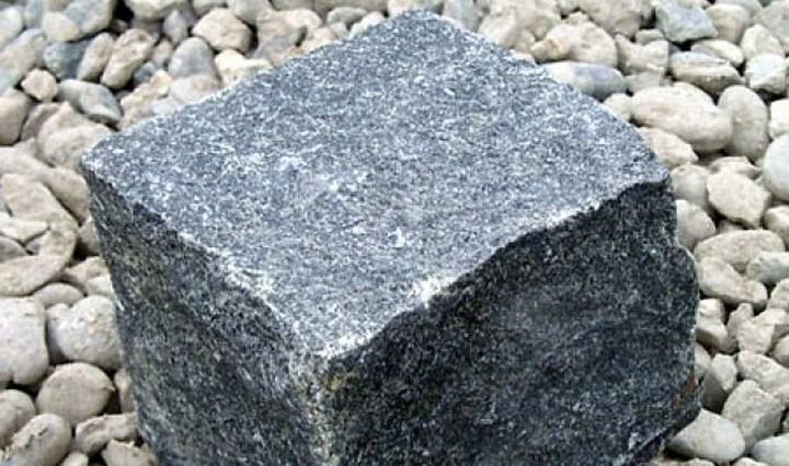 Камень габбро: свойства и химический состав, разновидности ...