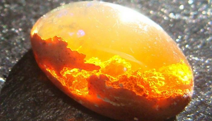Камень опал фото цена