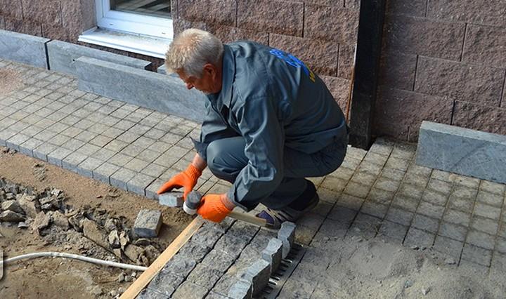 Правильная укладка гранитной брусчатки пенза памятники на могилу цена москва