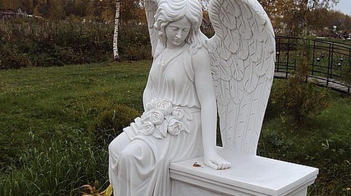 Надгробные памятники из мрамора на заказ - Дом Камня