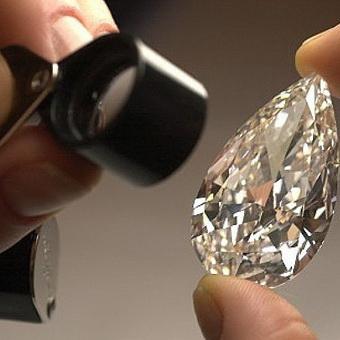 70c94d18f440 Как отличить настоящий бриллиант от подделки из стекла  определение  подлинности