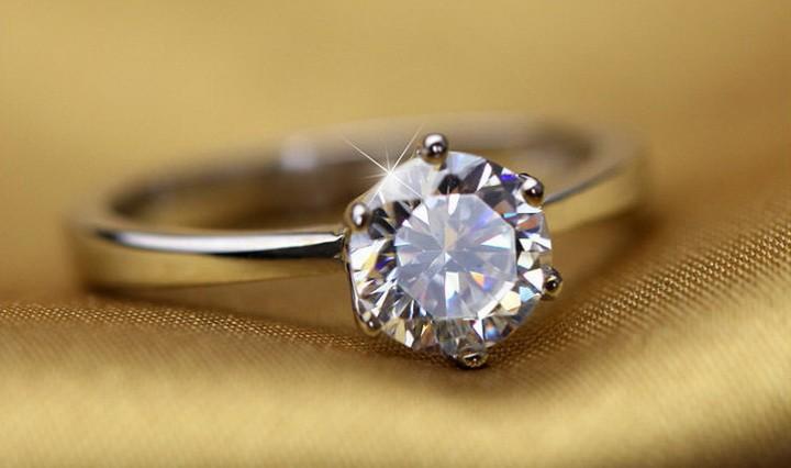 Какие бриллианты считаются самыми лучшими  чистота, огранка, другие ... cf8f6e804c6